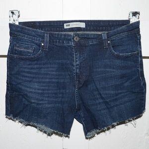 Levi's womens cut off short size 14 -4015